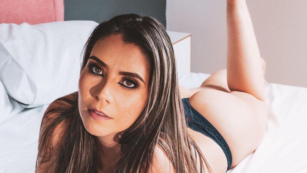 AlessandraPierce