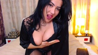 ErotiqueAnais – She Wants Your Dick So Hard