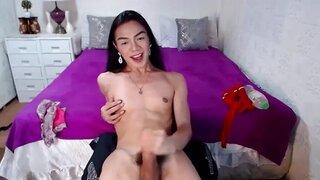 HotAPPLElicious – Fuck Me Hard In My Bedroom