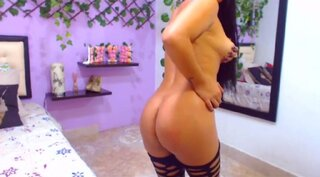 KimCley – She Wants To Moan For Someone