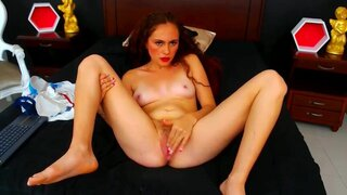AmmyRoss – Hot Fingering With Pussy Close Up