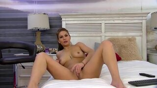 RebecaGlamy – Play With Pussy