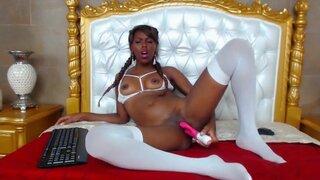 Aliceekerr – Ebony Girl Moans In Pleasure