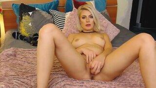 PrettyGirl000 – Super hot blonde home alone